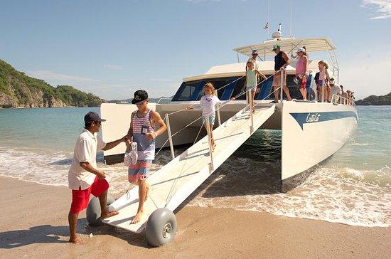 Tortuga Island - Family day