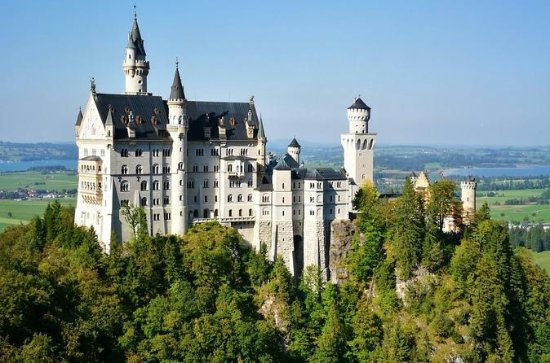 Neuschwanstein Castle BUS TOUR fra...