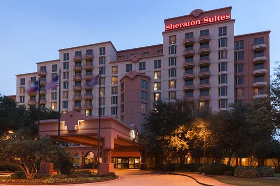 Sheraton Suites Market Center: Exterior