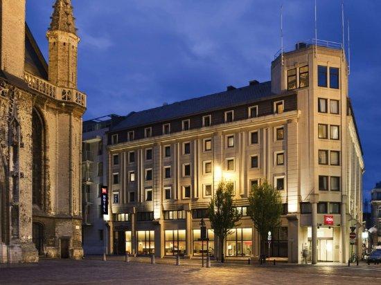 Ibis Gent Centrum St-Baafs Kathedraal: Exterior
