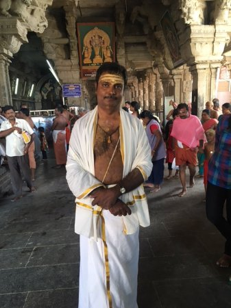Thiruchendur Murugan Temple: At the entrance of the temple. Male dress code to be noted