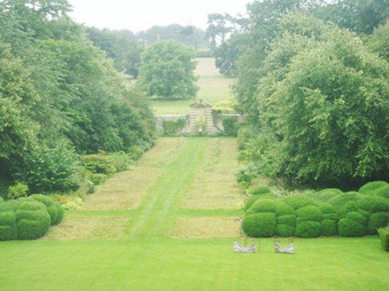 Nunnington, UK: what a beautiful nice garden! Love it