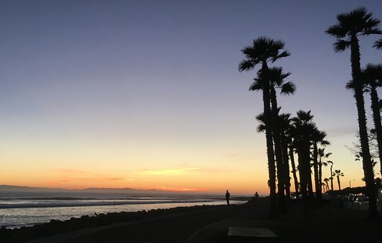 Ventura Pier and Promenade: Sunset at Surfer's Point Prominade.