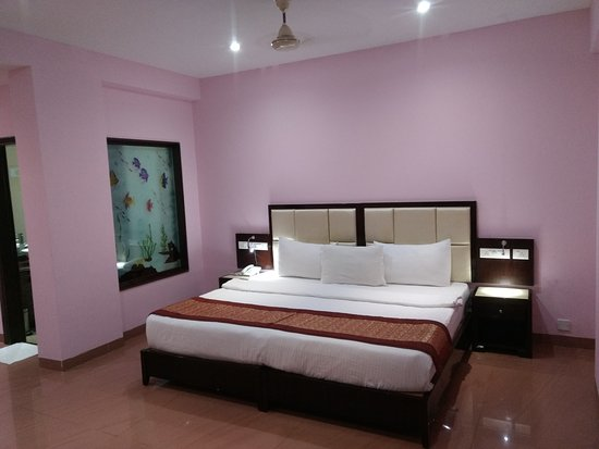 Hotel Karishma Grand