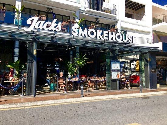 Jacks smokehouse new to puerto banus billede af jacks - Jacks smokehouse puerto banus ...