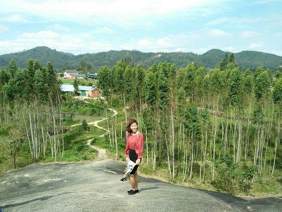 Dak Lak Province, Vietnam: Chinh Phục Núi Đá Voi