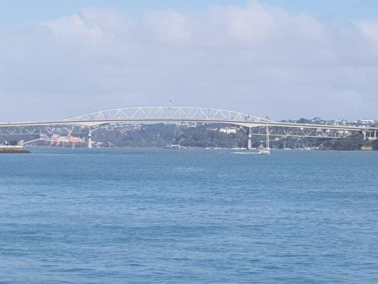 Pont du port d'Auckland : Makes for a lovely view