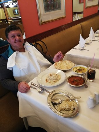 Restaurants noor jahan in kensington and chelsea with for Al noor indian cuisine