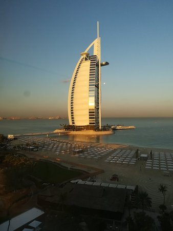 Jumeirah Beach Hotel: IMG_20180111_073647_large.jpg