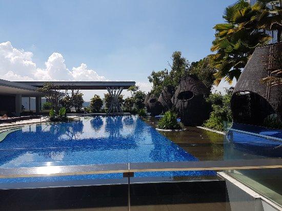 Hilton Bandung: 20170502_102646_large.jpg
