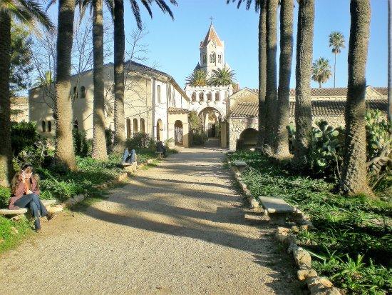 Iles de Lerins: Monastery
