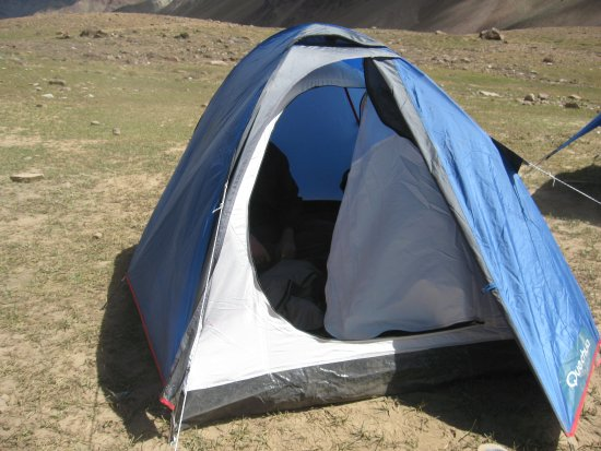 Losar, Indien: Also allows pitching your own tent