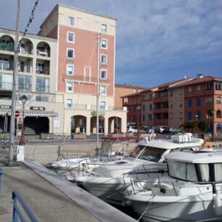 B&B Hôtel Martigues Port de Bouc : Vue de b&b