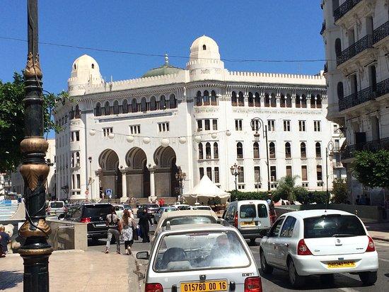 Bordj el Kiffan, Algeria: Vista del correo de Argel