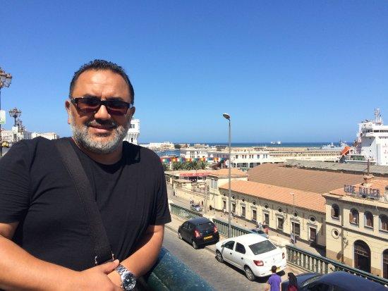 Bordj el Kiffan, Algeria: Vista del puerto a 10 km del Hotel