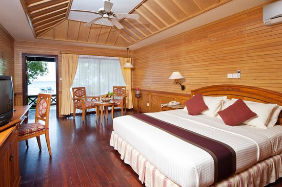 Royal Island Resort And Spa In Horubadhoo Island