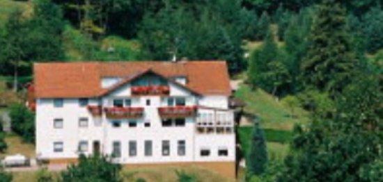 """Beerfelden, Germany: Blick über's Tal auf die Rückseite vom """"Spälterwald'"""