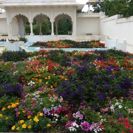 Hamilton Gardens: photo1.jpg