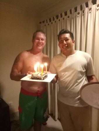 Champlung Mas Hotel: Birthday Cakes for my hubby