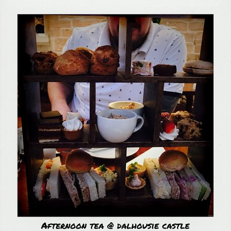 Dalhousie Castle: photo0.jpg