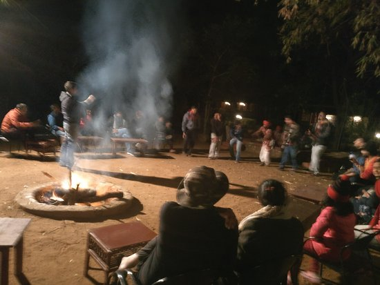 Tiger Moon Resort: Bonfire at Night with Local traditional songs and dance