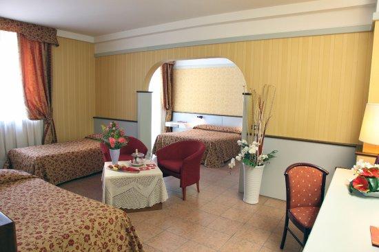 Maxim Hotel: Cosy Superior Room