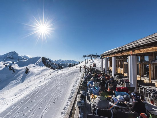 Saanenmoser, Schweiz: Saanerslochgrat Panoramaterrasse