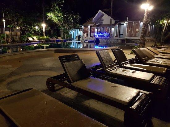 Railay Bay Resort & Spa: 20180117_110144_large.jpg