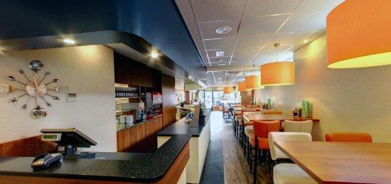 Cafetaria Lunchroom Emmy, Slagharen - Omdömen om ... Emmy Slagharen