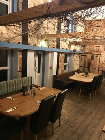 The Crab & Lobster Inn: Part of dining area