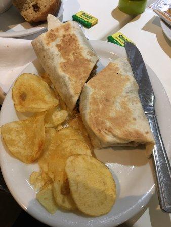 Ashtead, UK: Chicken Wrap, yum!