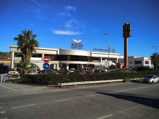 Catanzaro, Italia: Centro Commerciale Le Aquile