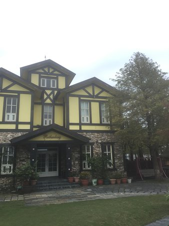 Rothenburg Lodge: 沒有修片