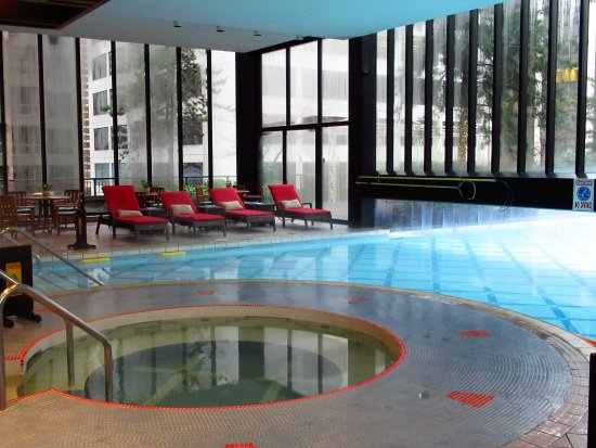 Indoor outdoor pool picture of four seasons hotel vancouver vancouver tripadvisor for Indoor swimming pools vancouver