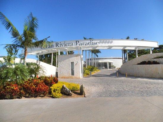Ocean Riviera Paradise: Porte Du0027entrée Extérieure Du Site Hôtelier