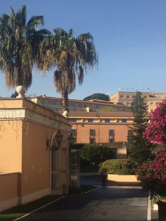 Gran melia rome updated 2018 prices hotel reviews for Gran melia rome