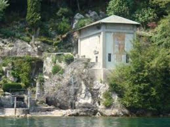 Oliveto Lario, Włochy: vista da est arrivando via lago