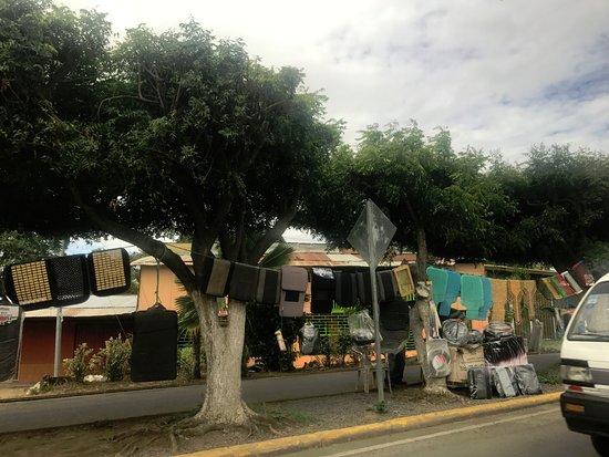 Tico Tours Guanacaste: Nicaragua: city life
