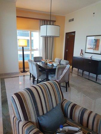 Dubai Marriott Harbour Hotel & Suites: 20180119_150055_large.jpg