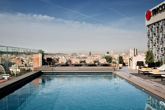 This Review Is For The Rooftop Bar Eleven Bcn Bar Terrace