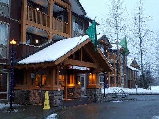 Pemberton valley lodge 129 1 8 5 updated 2018 for Pemberton cabins