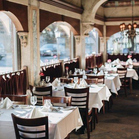 50th & France: Variety of restaurants