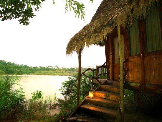 كوتوكوتشا أمازون لودج: River bungalows offer you a stonishing view of the Amazon landscape.