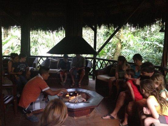 كوتوكوتشا أمازون لودج: At Cotococha Amazon Lodge, you produce your own chocolate using Ecuador's delicios cacao beans
