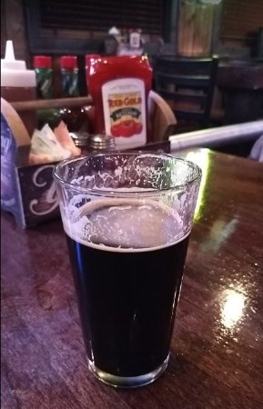 The Limp Lizard Bar & Grill: Glass of Southern Tier Thick Mint on tap at the Limp Lizard Liverpool