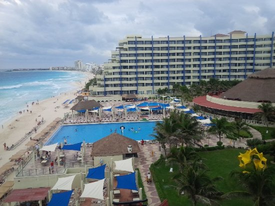 Crown Paradise Club Cancun: view from 3rd floor suite