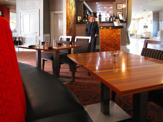 Cora S Restaurant The White House Biloxi Main Dining Room