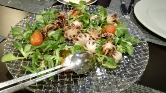 Reverso: Pulpitos con tomates cherrys