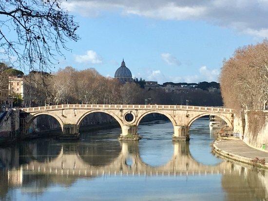 Ponte sul venere e vaticano foto di fiume tevere roma - Le finestre sul vaticano ...