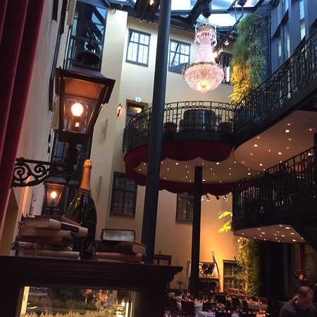 makalös restaurang stockholm